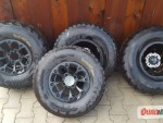 Prodám pneu včetně disků.
